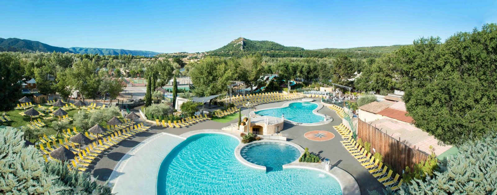 Camping alpes de haute provence paca camping l for Camping mercantour piscine