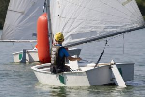 optimist sailing in France