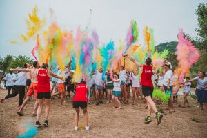 Animation color run au camping